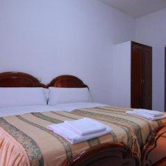 Отель Hostal Reconquista Испания, Мадрид - отзывы, цены и фото номеров - забронировать отель Hostal Reconquista онлайн комната для гостей фото 2
