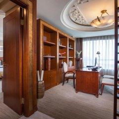 ShenzhenAir International Hotel 5* Люкс повышенной комфортности с различными типами кроватей фото 3