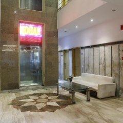 Отель OYO 16011 Hotel Mohan International Индия, Нью-Дели - отзывы, цены и фото номеров - забронировать отель OYO 16011 Hotel Mohan International онлайн сауна
