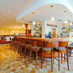 Отель Crowne Plaza Vilnius Вильнюс гостиничный бар