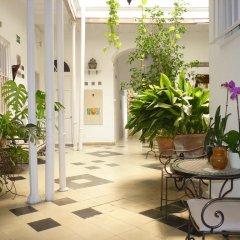 Отель Apartamentos Casa Rosaleda Испания, Херес-де-ла-Фронтера - отзывы, цены и фото номеров - забронировать отель Apartamentos Casa Rosaleda онлайн интерьер отеля фото 3