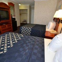 Отель Days Inn Airport Center LAX 2* Стандартный номер с различными типами кроватей фото 3