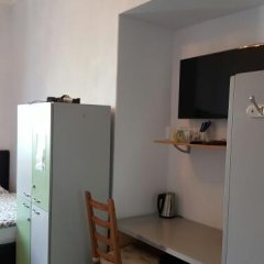 Мини-Отель Катюша Стандартный семейный номер с двуспальной кроватью фото 8