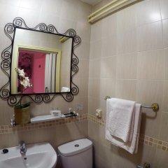 Отель Hostal Rober Стандартный номер с различными типами кроватей фото 7