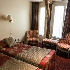 Отель Hôtel Exelmans 2* Улучшенный номер с различными типами кроватей фото 15