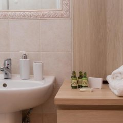 Отель Aelia Suites Греция, Остров Санторини - отзывы, цены и фото номеров - забронировать отель Aelia Suites онлайн ванная