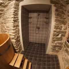 Отель Pikk 49 Residence Эстония, Таллин - отзывы, цены и фото номеров - забронировать отель Pikk 49 Residence онлайн ванная