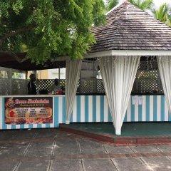 Отель SandCastles Deluxe Beach Resort фитнесс-зал