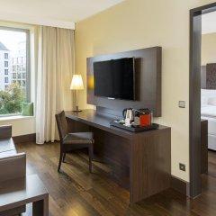 Отель NH Collection Dresden Altmarkt 4* Улучшенный номер с различными типами кроватей фото 3
