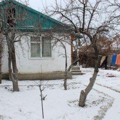 Отель Guesthouse Alakol Кыргызстан, Каракол - отзывы, цены и фото номеров - забронировать отель Guesthouse Alakol онлайн бассейн
