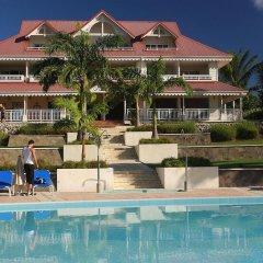 Отель Pierre & Vacances Residence Premium Les Tamarins бассейн фото 3