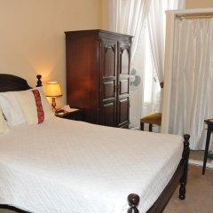 Отель Pensão Londres 2* Стандартный номер с двуспальной кроватью (общая ванная комната)
