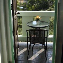 Отель Karon Thira Guesthouse Номер Эконом разные типы кроватей фото 7