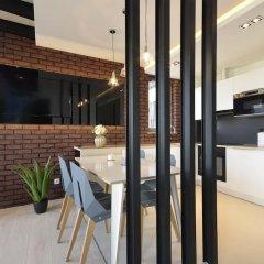 Апартаменты Dom & House - Apartments Waterlane Люкс с различными типами кроватей