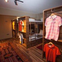 Juliet Rooms & Kitchen 3* Кровать в женском общем номере с двухъярусной кроватью фото 9