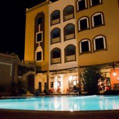 Отель La Perle du Sud Марокко, Уарзазат - отзывы, цены и фото номеров - забронировать отель La Perle du Sud онлайн бассейн