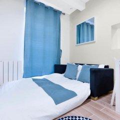 Отель Renovated 1 Bed for 3. Close to Bastille балкон