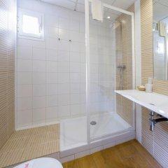 Отель Hostal Marino Испания, Сан-Антони-де-Портмань - 1 отзыв об отеле, цены и фото номеров - забронировать отель Hostal Marino онлайн ванная