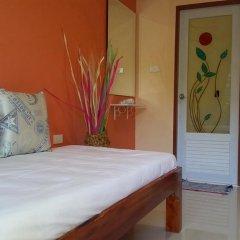 Отель Patamnak Beach Guesthouse 3* Улучшенный номер с различными типами кроватей