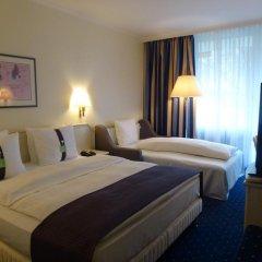 Отель Holiday Inn Munich - South Мюнхен комната для гостей