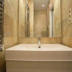 Отель Chain Bridge Studio Apartment Венгрия, Будапешт - отзывы, цены и фото номеров - забронировать отель Chain Bridge Studio Apartment онлайн ванная фото 2