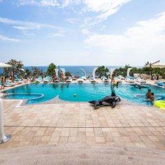 Гостиница Panorama De Luxe бассейн