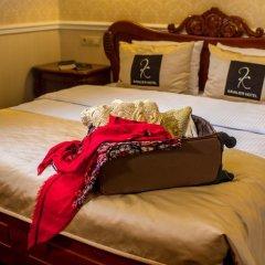 Kavalier Boutique Hotel 5* Улучшенный номер двуспальная кровать фото 3