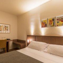 Hotel Des Artistes 3* Стандартный номер с двуспальной кроватью