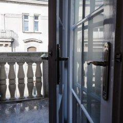 Roommates Hostel Белград балкон