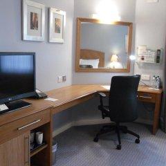 Отель Holiday Inn Manchester West 3* Стандартный номер фото 2