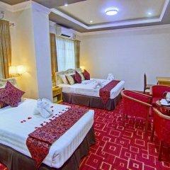 Myat Nan Yone Hotel 3* Семейный люкс с двуспальной кроватью фото 5