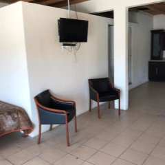 Hotel Doña Crucita 2* Номер с общей ванной комнатой с различными типами кроватей (общая ванная комната) фото 8