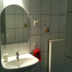 Апартаменты Caterina Private Rooms and Apartments Стандартный номер с различными типами кроватей (общая ванная комната) фото 6