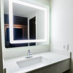 Отель Hollywood Inn Express LAX 2* Стандартный номер с различными типами кроватей фото 4