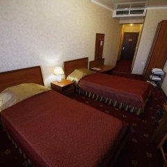 Гостиница Плаза 4* Номер Делюкс двуспальная кровать фото 2