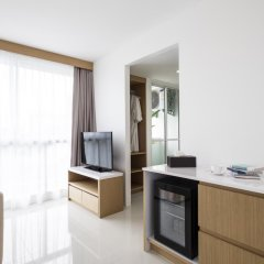 Отель The Wide Suites Улучшенный люкс