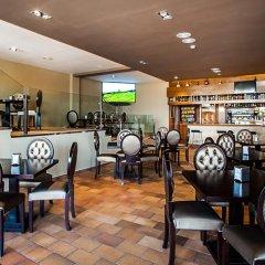 Отель Miraolas гостиничный бар