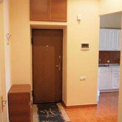 Апартаменты FlatsInYerevan - Apartments on Tpagrichner Street комната для гостей фото 4