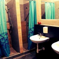 Hostel Universus i Apartament Кровать в общем номере с двухъярусной кроватью фото 8
