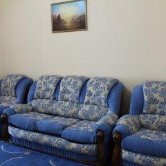 Гостиница Приморская комната для гостей фото 2