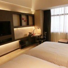 Baiyun Hotel Guangzhou 4* Номер Делюкс с различными типами кроватей фото 2