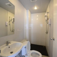 Отель The Room Patong 2* Номер Делюкс с различными типами кроватей фото 28