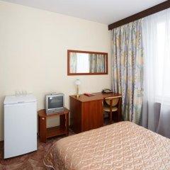 Гостиница Юность 3* Номер Эконом с двуспальной кроватью