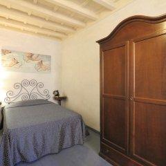 Hotel Bavaria Стандартный номер с двуспальной кроватью (общая ванная комната) фото 2