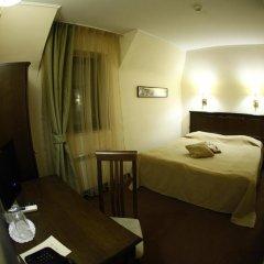 Отель Hi 3* Стандартный номер с двуспальной кроватью