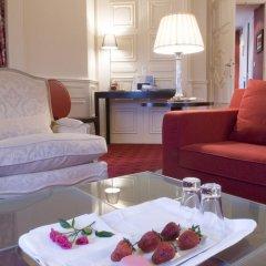 Hotel Le Royal Lyon MGallery by Sofitel 5* Стандартный номер с различными типами кроватей фото 4