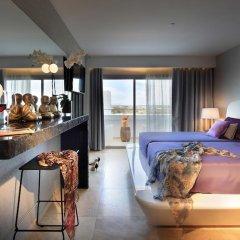 Ushuaia Ibiza Beach Hotel - Adults Only 5* Улучшенный номер с различными типами кроватей фото 3