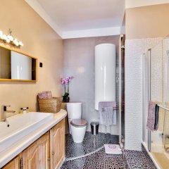 Отель Luxury and Spacious Appartment in Saint Michel ванная