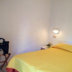 Hotel Grazia 2* Стандартный номер с двуспальной кроватью фото 4