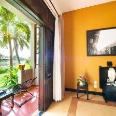 Отель Hoi An Beach Resort 4* Улучшенный номер с различными типами кроватей фото 7